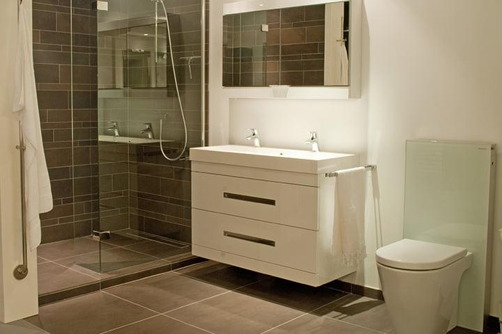Accessoires Voor Badkamer ~ Badkamerspecialist tegels voor nieuwe badkamer
